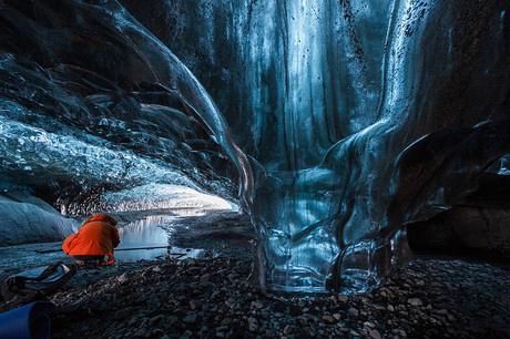 奇幻的北极光冰洞3