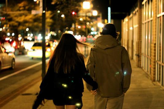 如果他爱你,在你需要时,他就会陪在你身边